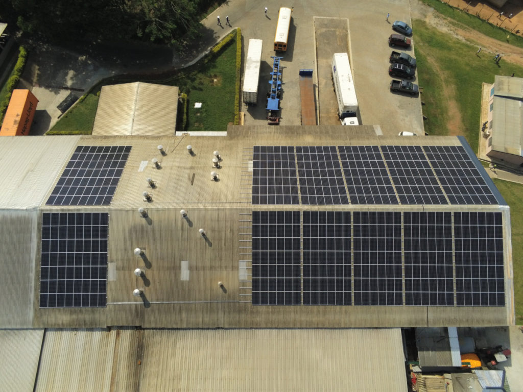 Nhà máy năng lượng mặt trời tại Trang trại Bomarts