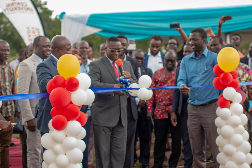 Inauguration of the solar system at Central University