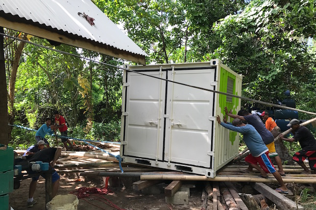 The Energy Storage System on its way to being installed at Qi Palawan. © Autarsys GmbH